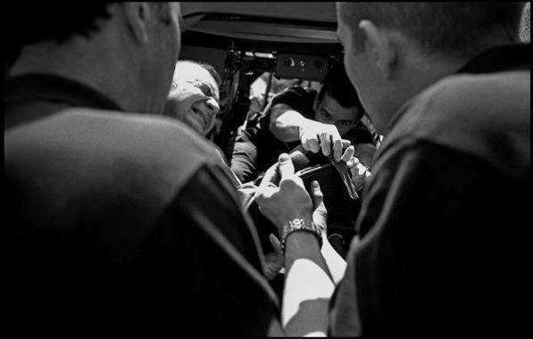 Lyon avril 2004 14H23, chute d'un militaire de son véhicule blindé.
