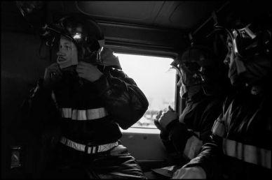 Janvier 2004, La couronne banlieue d'angoulême, départ pour feu dans le FPTL(fourgon pompe tonne léger) 09h24