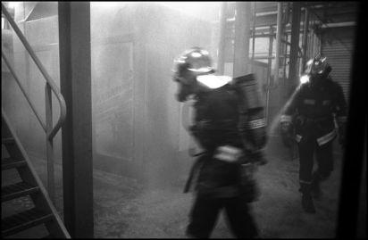 Angoulême .Janvier 2004, feu atelier, usine la saft.