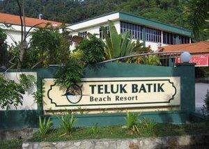 Percutian Indah Di Pantai Teluk Batik