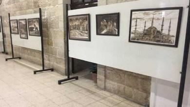 Photo of فنان فلسطيني يتحدث عن معاناة شعبه بالرسم بالقهوة