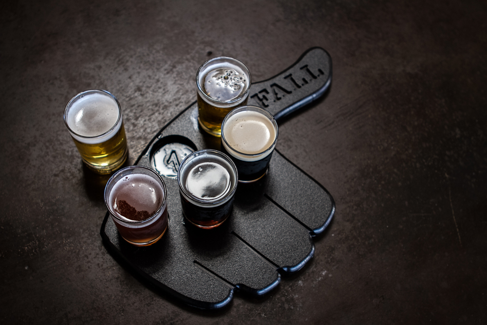 Taster holder with flight of beers