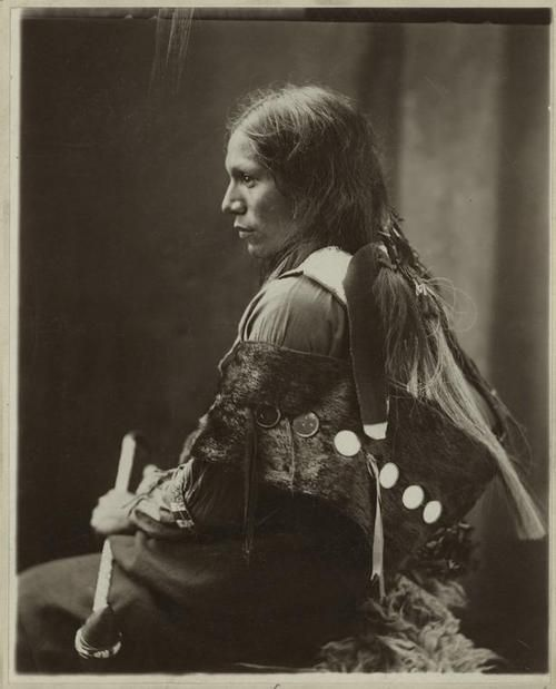 the_north_american_indian-edward-curtis-sioux