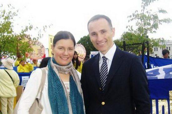 瑞典亿万富翁瓦西柳斯和夫人