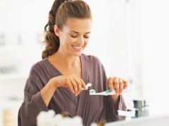 Prírodné zubné pasty: Čím sa líšia od tých bežných?