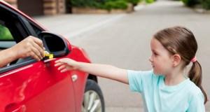 Dieťa a nebezpečenstvo pri ceste domov zo školy alebo na ihrisku