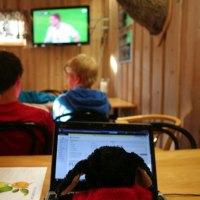 Live-Berichterstattung vom Fußballspiel