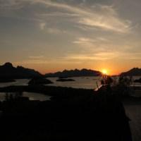 Blick auf den Sonnenaufgang vom Balkon