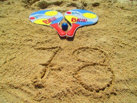 Beach-Tennis: 78 Mal berührt. 78 Mal ist nichts passiert. Oder so ähnlich.