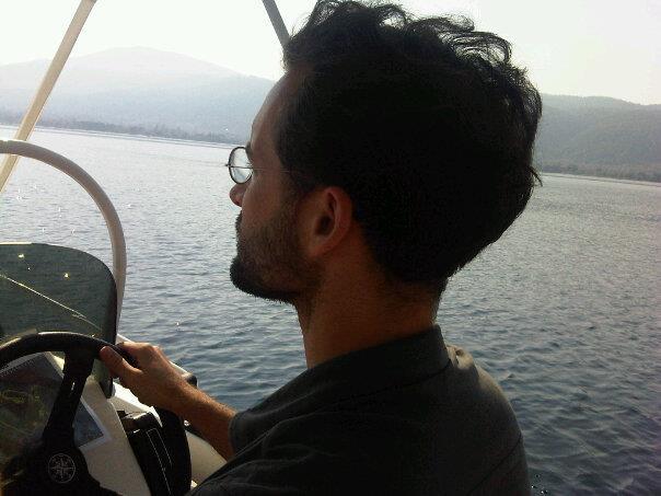 Kapitän Ahab furchtlos am Steuer
