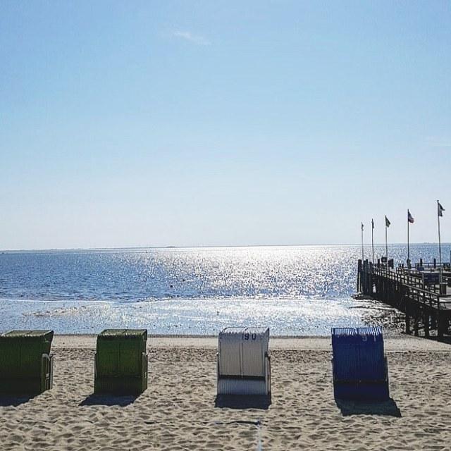 Eine Strandkorbreihe
