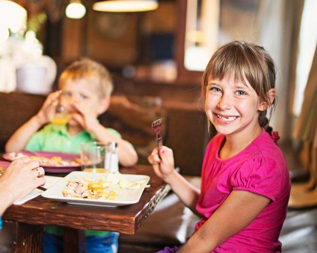 Places Take Kids Dinner