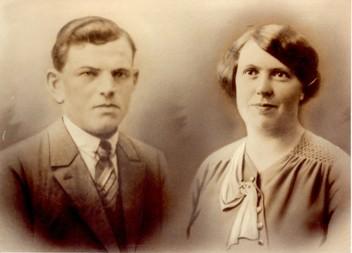 Jongeneelen, Adrianus 02.10.1904 & Johanna van Nijnatten