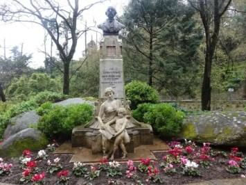 Un buste à Sintra par la famille nomade en avril 2014