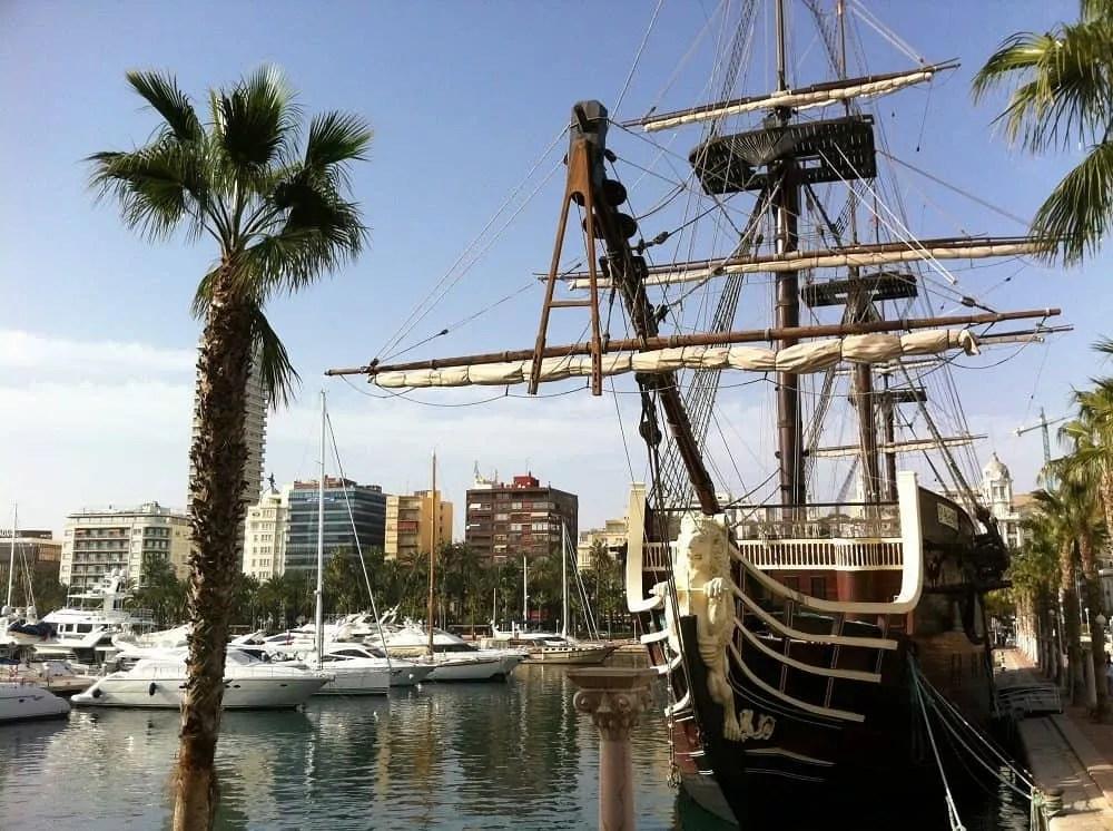 Notre vie nomade en Espagne-Le port d Alicante_famille nomade digitale