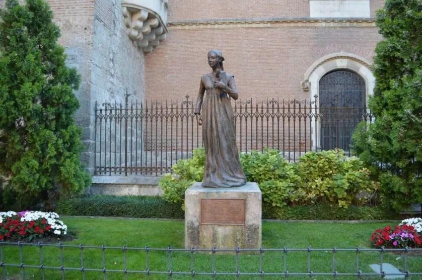 Statue de Catherine d'Aragon -Alcala de henares