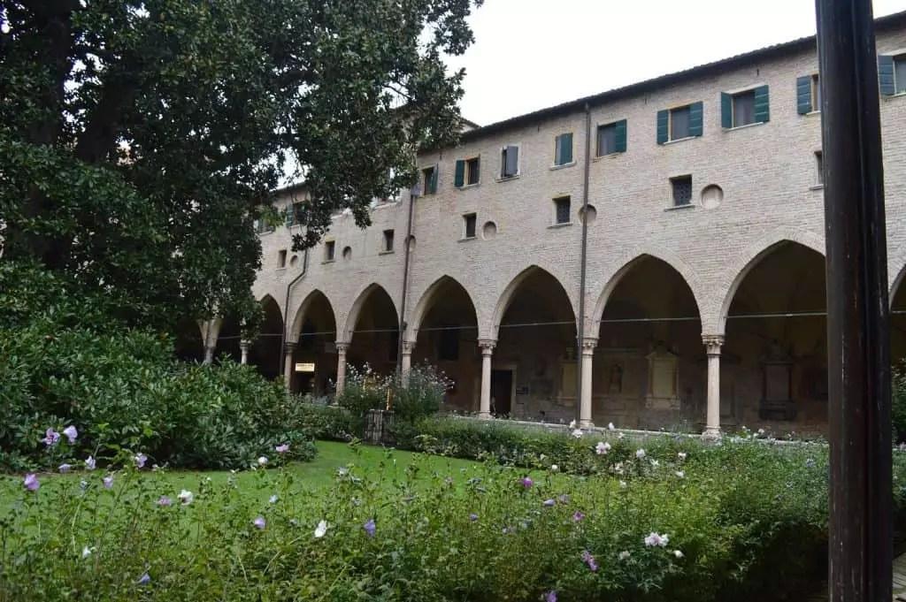basilique-de-st-antoine-de-padoue-famille-nomade-digitale-en-italie