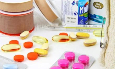 Votre trousse à pharmacie pour un voyage longue durée