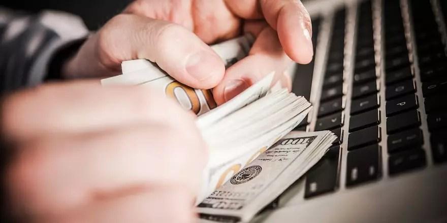 Avoir des revenus en ligne : info ou intox ?