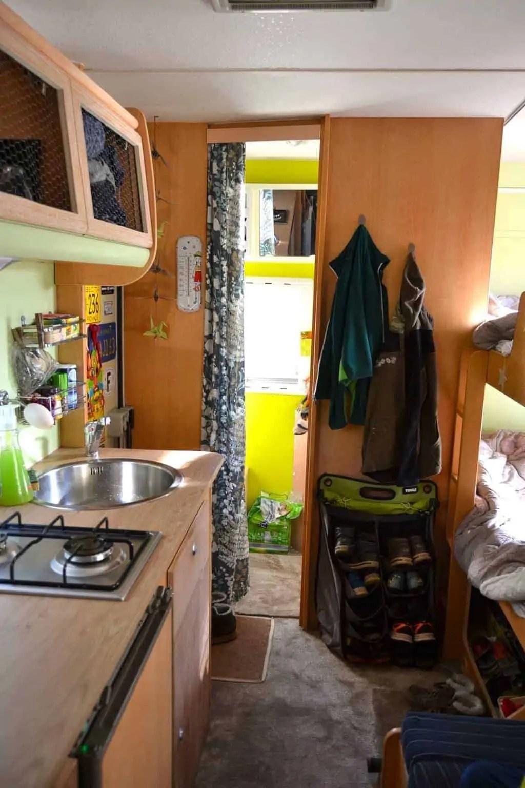 L'intérieur du camping-car des 4 farfelus