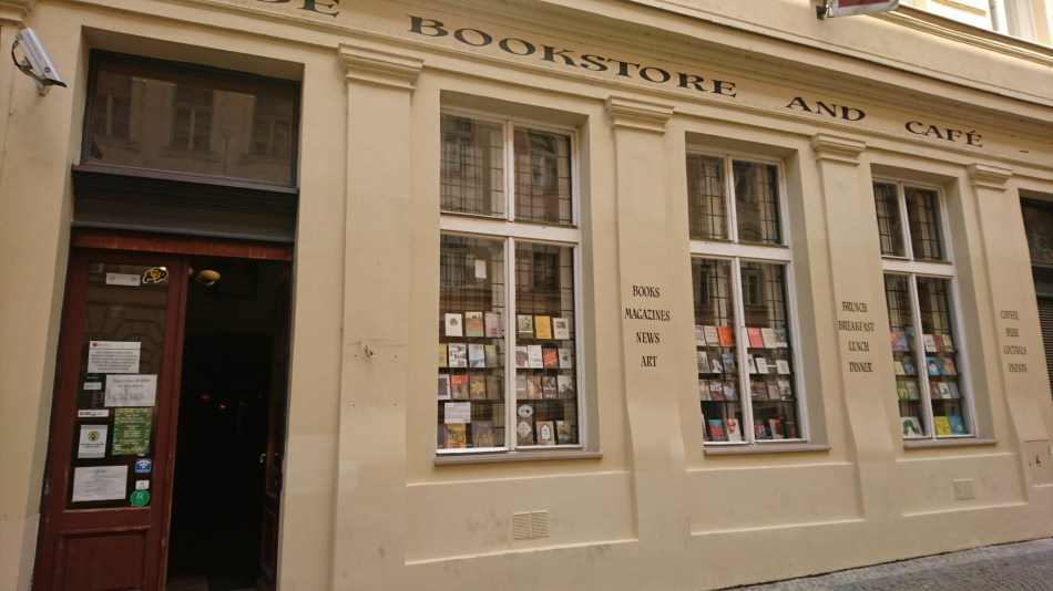 Le Globe Bookstore and café de Prague