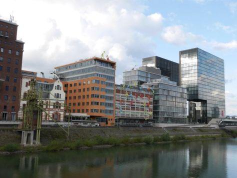Düsseldorf Sightseeing Medienhafen