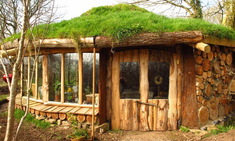 cornwall-hobbit-house-glamping