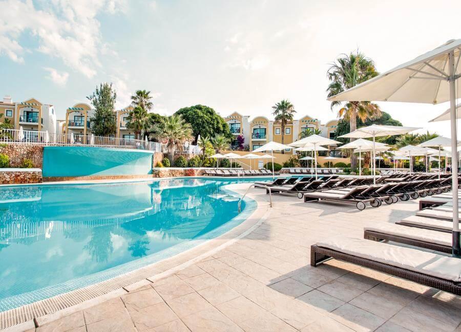 Original Name: 002-Pool-day-Paradise-Club-&-Spa-1