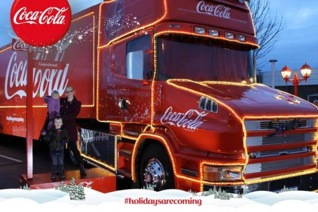 Family Clan Blog Coca-Cola Wagon Xmas