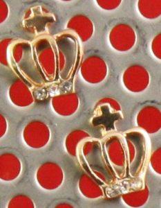 Win Gold Crown Earrings Family Clan Blog