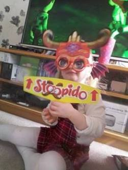 stoopido-family-clan-review8