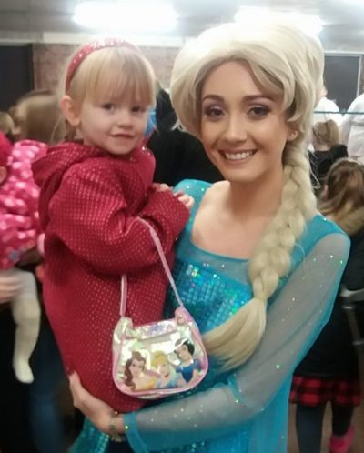 Disney Frozen Spot the Difference Family Clan
