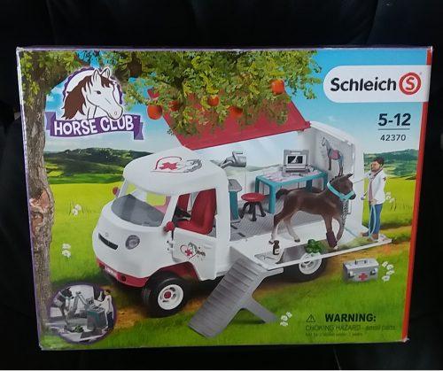 Schleich Vet Van Review Horse Club Range by Family Clan