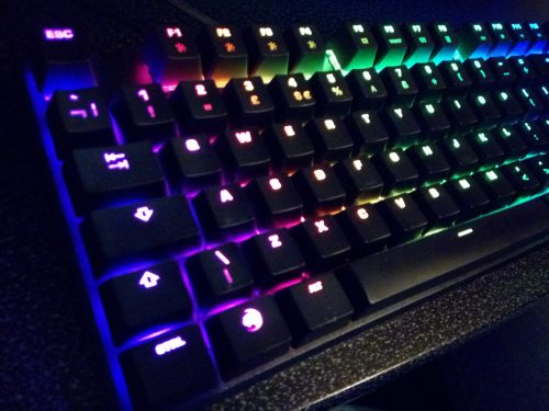 Roccat Swarm gaming keyboard review by Family Clan