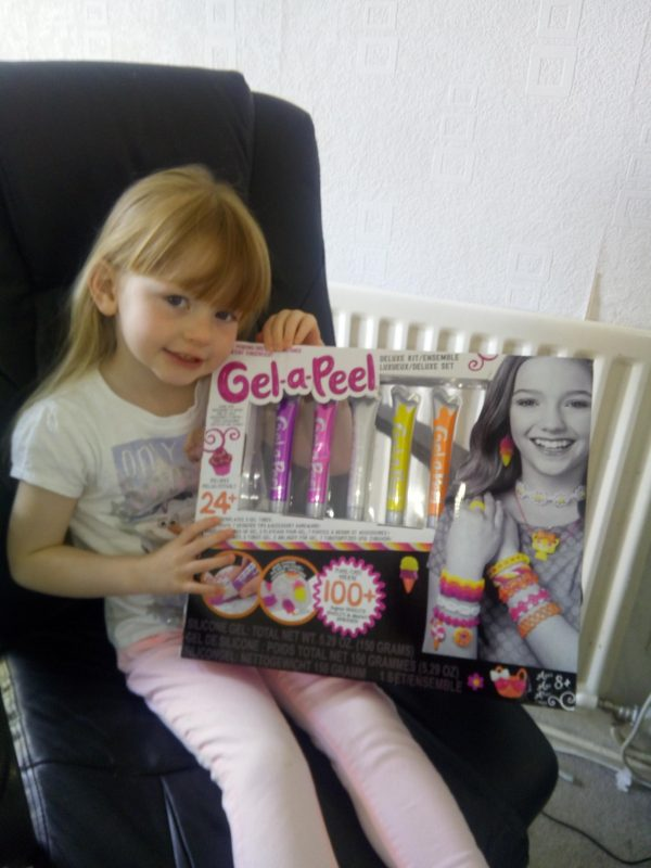 Gel-a-Peel Deluxe Kit review by Family Clan