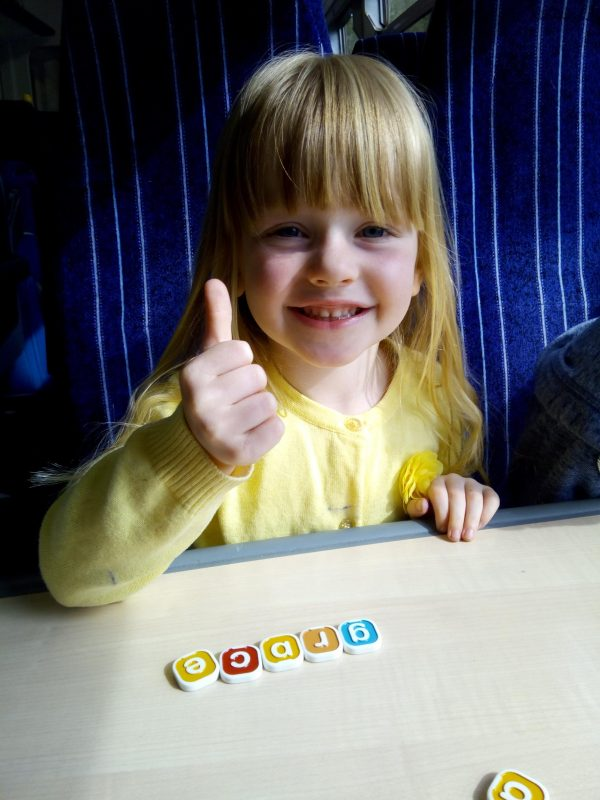 my first BANANAGRAMS REVIEW by Family Clan