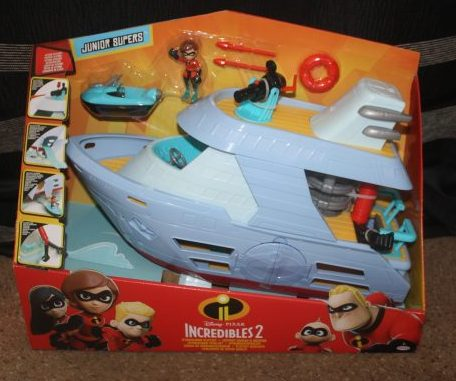 The Incredibles 2 Hydroliner & Elastigirl Elasticycle from JAKKS Pacific Toys Review Family Clan