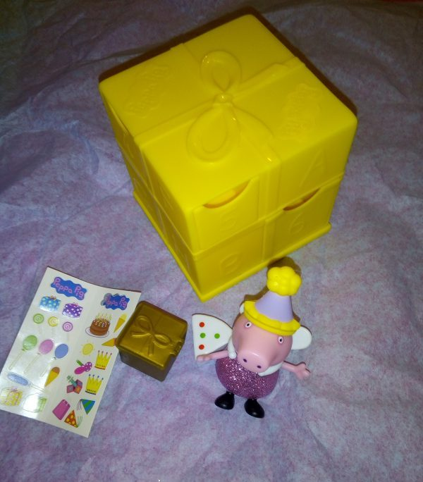 A Secret Surprise from Peppa Pig Family Clan