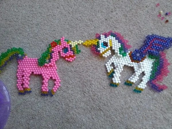 Aquabeads Magical Unicorn Set by Family Clan