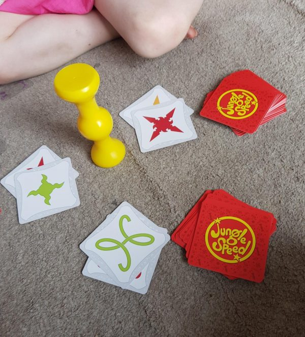 Jungle Speed by Asmodee review by Family Clan 3