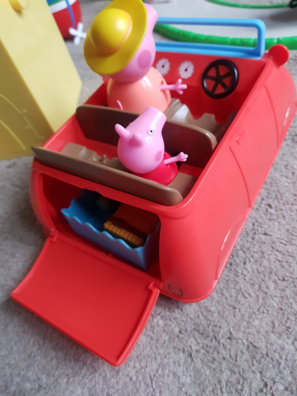 Peppa Pig World Review Family Clan Peppa's Big Red Car