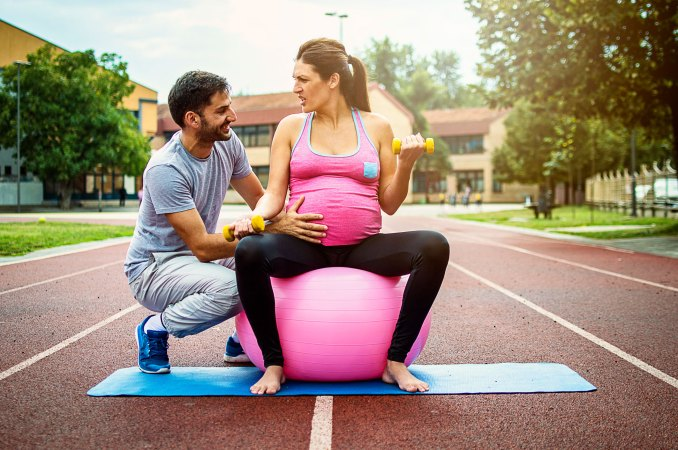 Simple Exercises You Can Do With Your Pregnant Partner