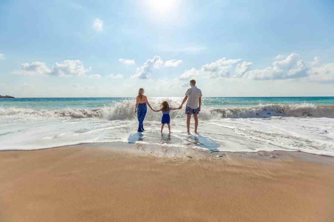 Creative ways to save money on family vacations and entertainment