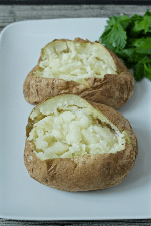 10 minute microwave baked potatoes