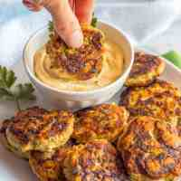 Spicy chicken patties {Paleo, Whole30} (+ video)