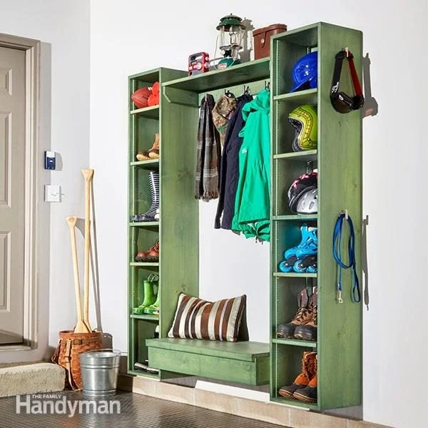 Diy Mudroom Storage Cubby Plans The Family Handyman