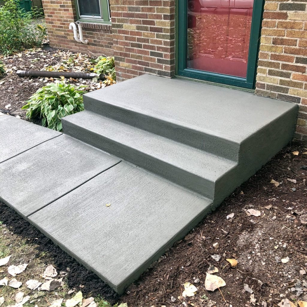 Build Concrete Steps The Family Handyman | Wood On Concrete Steps | Front Entry | Wood Deck | Clad | Timber Concrete | Above Ground Pool