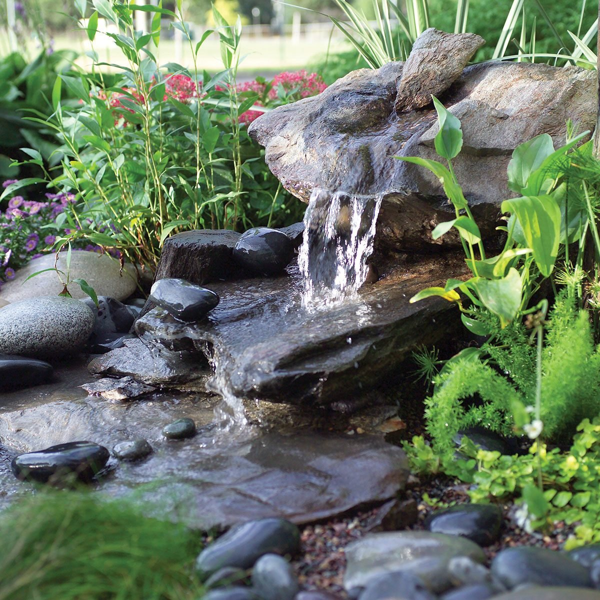 how to build a low maintenance water