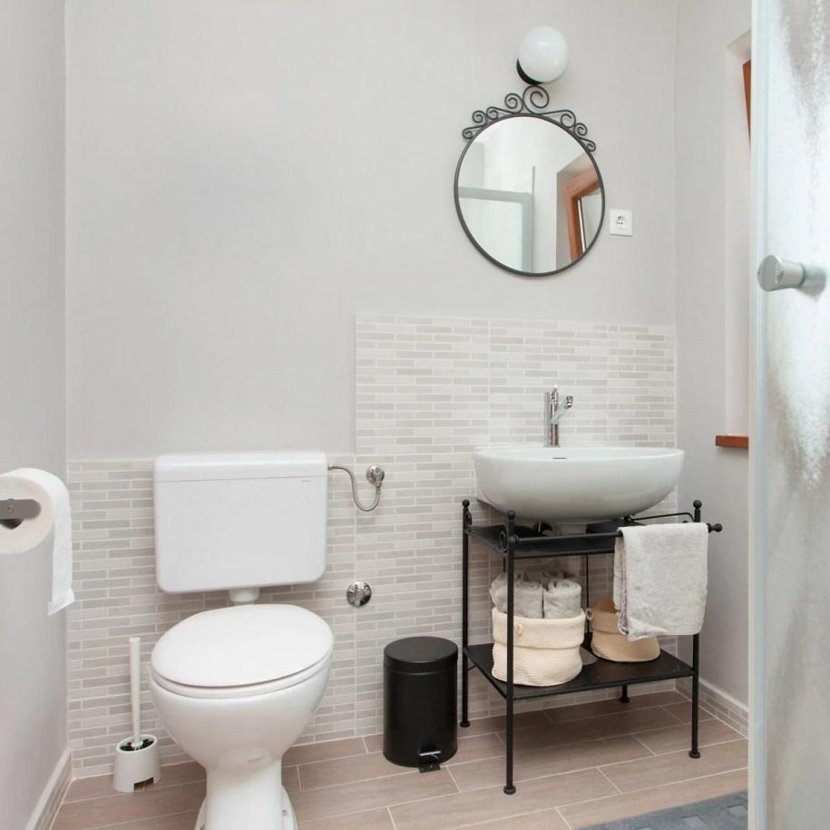10 Small Bathroom Ideas That Make a Big Impact | Family ...
