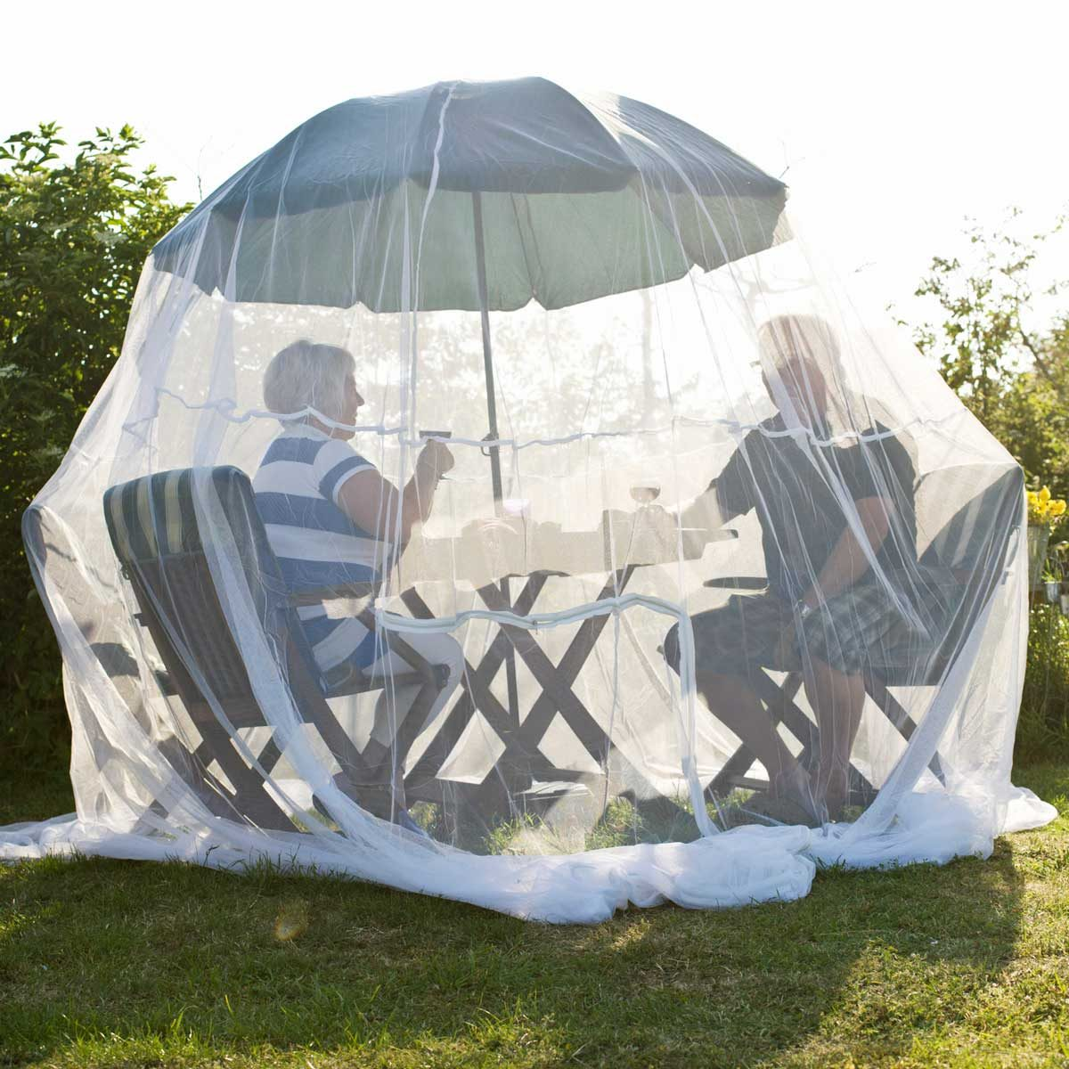 8 best insect nets for your deck and